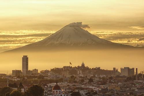 sunset méxico mexico atardecer volcano ciudad puebla volcan volcán