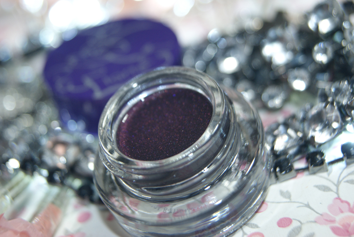delineador-em-gel-plum-tarte-003