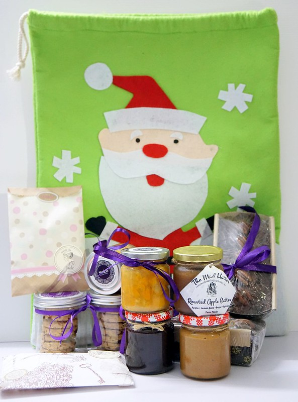 fitfabkitchen - Christmas hampers Santa Sacks for 2014-002