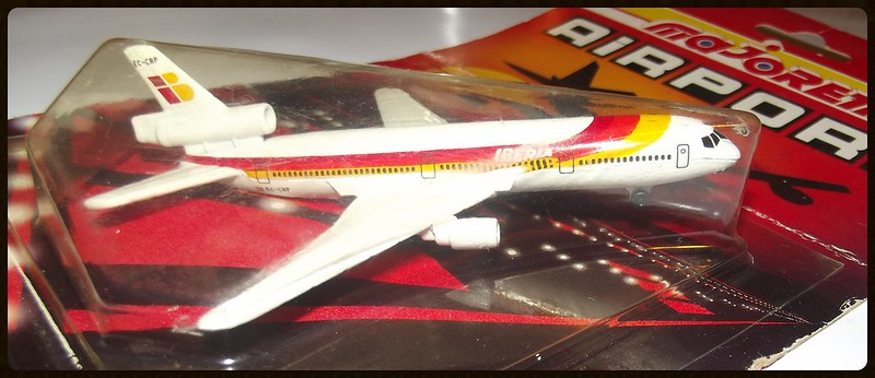 N°805 Douglas DC-10 16041730344_d0b0e7846f_c