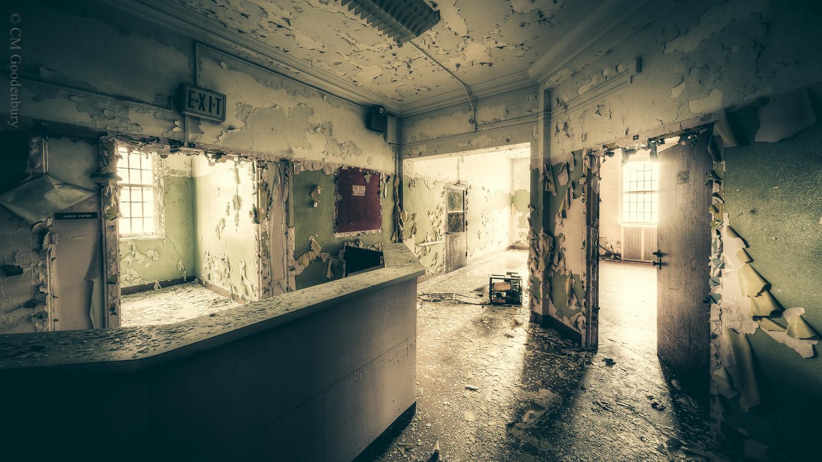 nurses 39 station in an abandoned insane asylum i love the. Black Bedroom Furniture Sets. Home Design Ideas