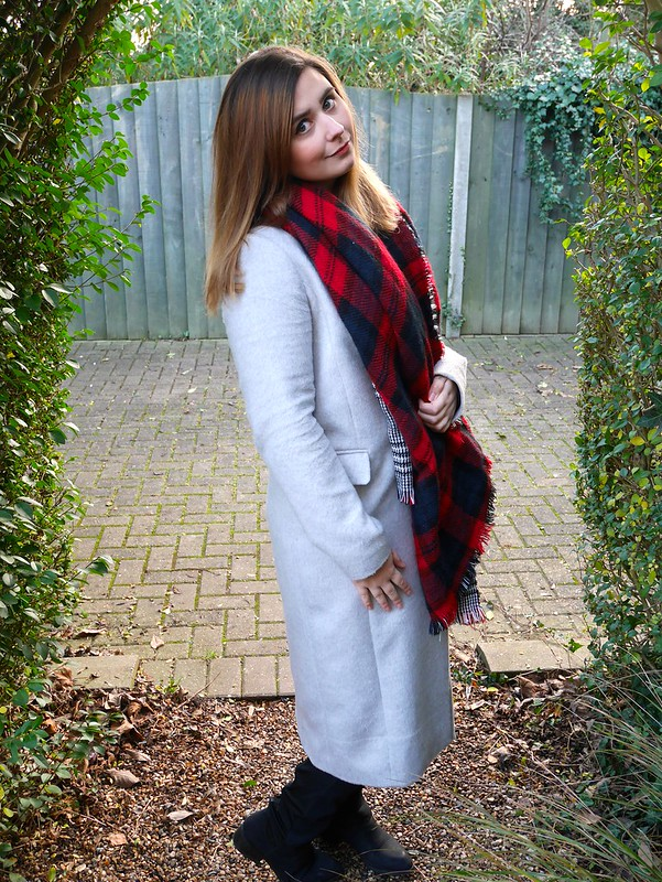 Dorothy Perkins coat tartan scarf winter style