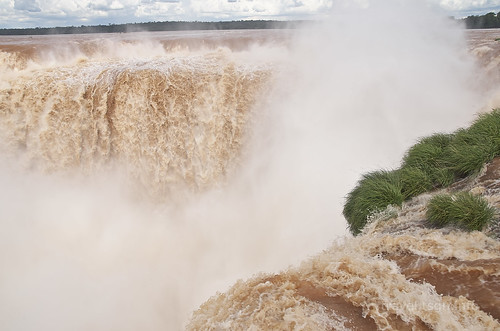 【写真】世界一周 : イグアスの滝・悪魔の喉笛