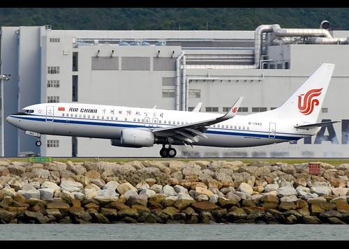 B738 - Boeing 737-89L