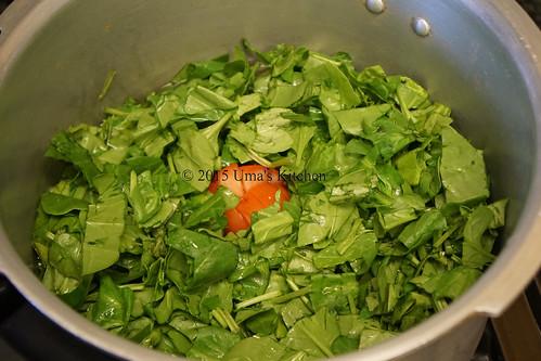 Spinach dal gravy 1