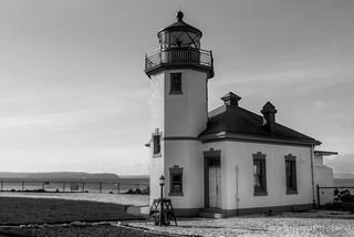 Alki Point Lighthouse BW