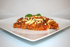 51 - Greek ground meat casserole - Side view / Gri…