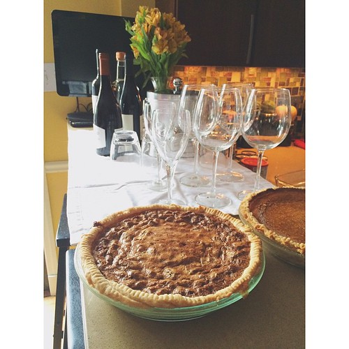 Greenbean casserole isn't very photogenic, so here are my next two holiday favorites...pie and wine!  Happy Thanksgiving!!