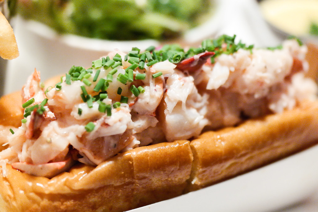 "Pince & Pints Restaurant and Bar's The lobster roll or some named it ""the lazy man's lobster close up"