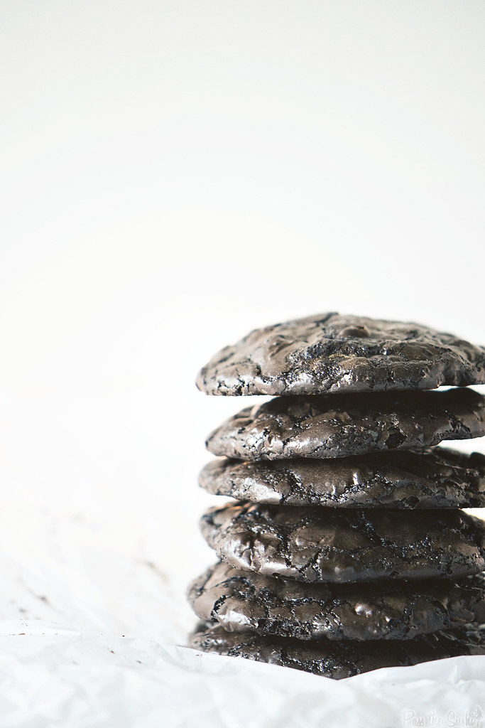 Chocolate Brownie Cookies | PasstheSushi.com