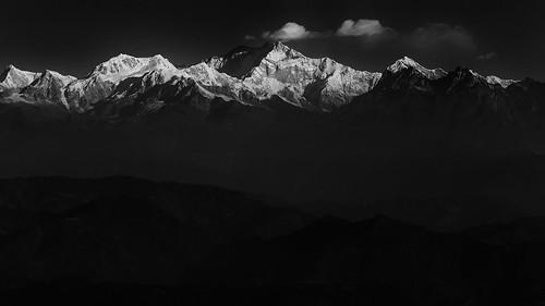 morning blackandwhite mountains west sunrise landscape gray shades layers bengal darjeeling kanchenjunga northbengal