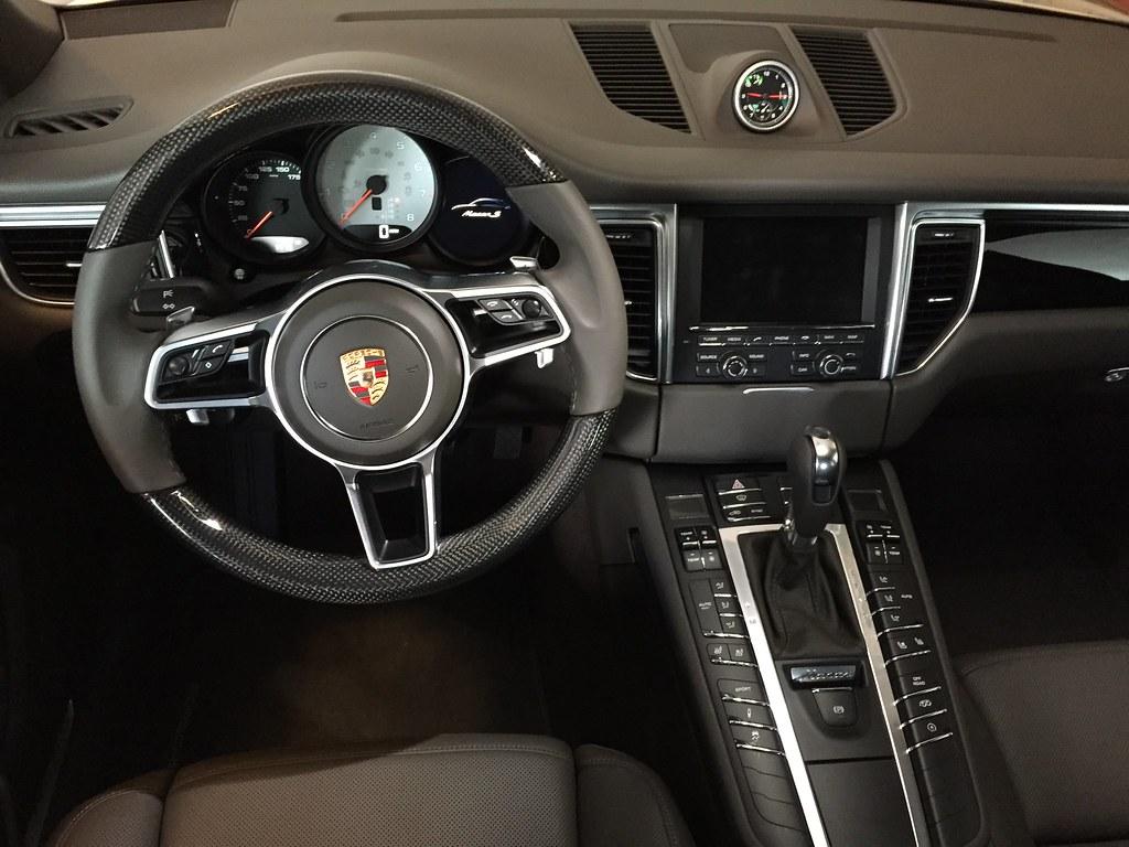 Porsche Macan Interior Colors