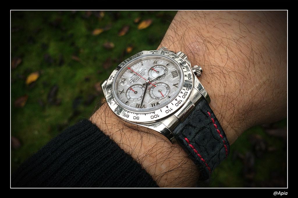 Vos plus belles montres habillées en or rose ou jaune 15908190028_b99464b942_b