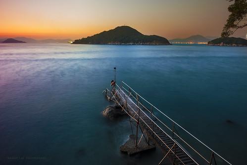 bridge sunset sunrise hongkong nikon mood wave 香港 日落 橋 海浪 域多利 泳棚 saiwanswimmingshed西環泳棚鐘聲泳棚