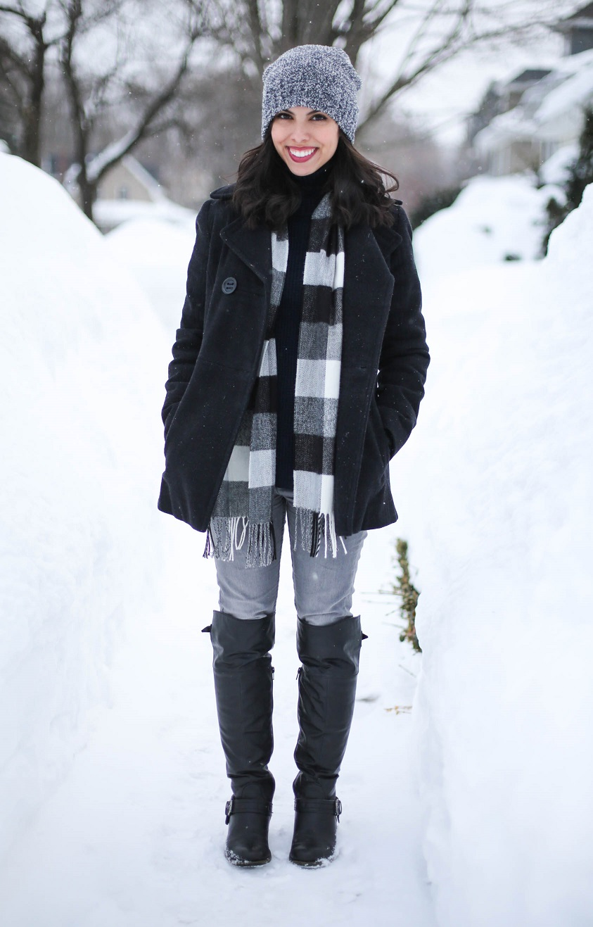 austin style blogger, casual winter look ideas, forever 21 beanie, plaid scarf, H&M grey denim jeans