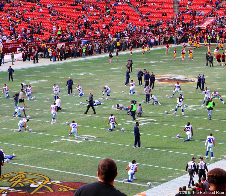 8 dallas cowboys exercising before game with washington redskins