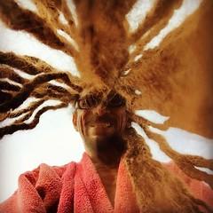 Vu d'en bas, Sun does exXist :sun_with_face: #dread #caribbean #exX #roots #life #times