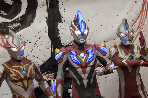 NewYear!_Ultraman_All_set!!_2014_2015_GingaVictory-1