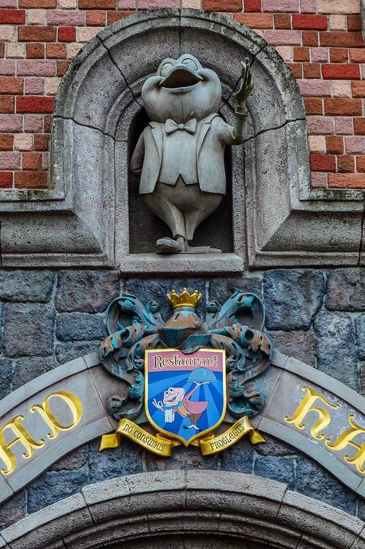 Mr. Toad Statue Disneyland Paris