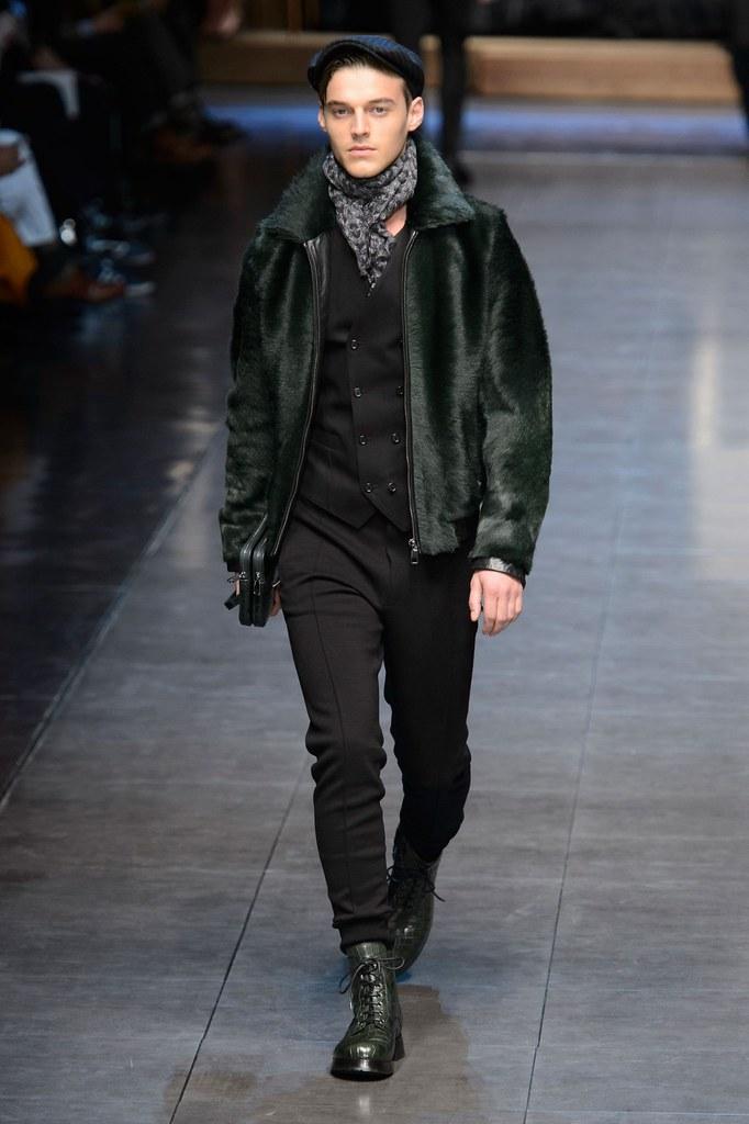Robbie Wadge3711_1_FW15 Milan Dolce & Gabbana(fashionising.com)