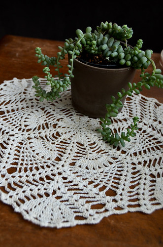 Parisian Pineapple Doily