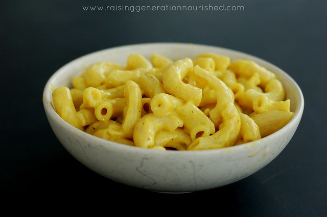 Real Food Mac N Cheese :: Compare to Kraft Mac N Cheese In Convenience & Kid Friendly Taste!