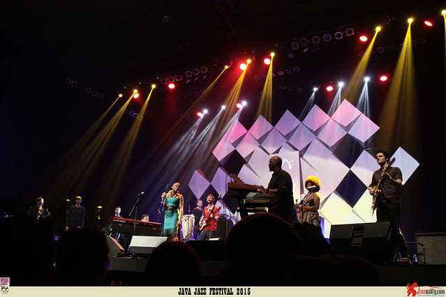 Java Jazz Festival 2015  Day 1 - Snarky Puppy (2)