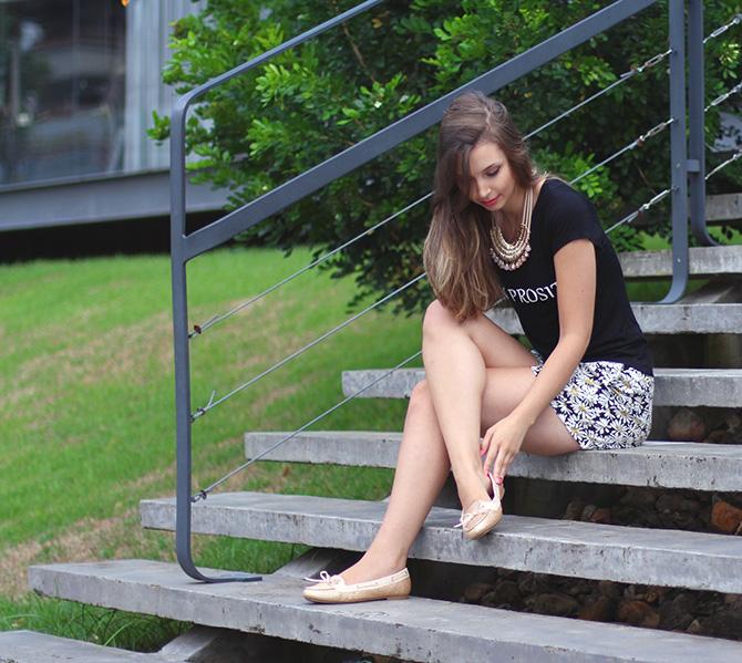 11-look do dia shorts margarida e sapatilha dourada belle Petite Jolie blog sempre glamour