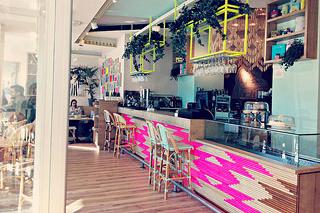 http://hojeconhecemos.blogspot.com.es/2015/02/wanda-cafe-optimista-madrid-espanha.html