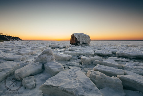 winter sunset snow cold ice beach water rock landscape evening coast frozen suffolk nikon rocks snowy shoreline scenic rocky naturallight wideangle santorini boulders shore northshore coastline iced local february frigid icebergs northfork duckpond eastend winterscape beachcomber rocksandwater lisound d610 cutchogue nofo nikkor1635mmf4vr northforker