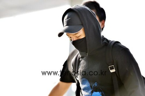 Big Bang - Incheon Airport - 07aug2015 - tenasia - 13