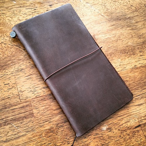 Midori Travelers Notebook, unwrapped. Simple beauty.