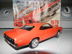 model car(1.0), automobile(1.0), automotive exterior(1.0), vehicle(1.0), stock car racing(1.0), automotive design(1.0), compact car(1.0), classic car(1.0), land vehicle(1.0), muscle car(1.0), pontiac gto(1.0), coupã©(1.0), sports car(1.0),