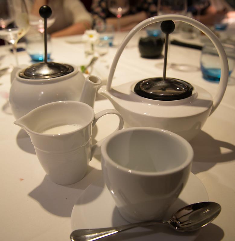 Teteras y tazas - Club de las Cenas Secretas en Atelier Belge
