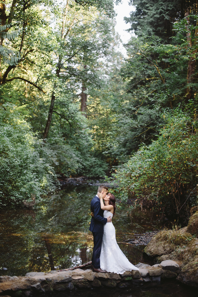 Seattle, Tacoma, Anchorage, Indie Wedding Photographer