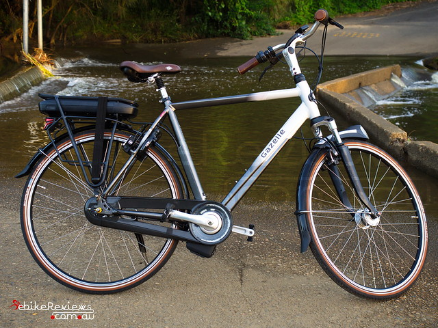 "Gazelle Orange C8 Hybrid M Impulse 2.0 • <a style=""font-size:0.8em;"" href=""https://www.flickr.com/photos/ebikereviews/16379496586/"" target=""_blank"">View on Flickr</a>"