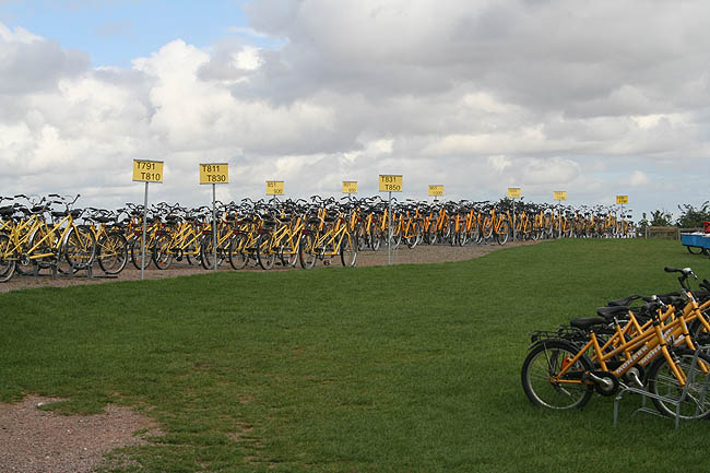 Alquiler de bicicletas. © Paco Bellido, 2007