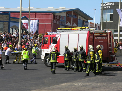112 Canarias emergecy services fire engine