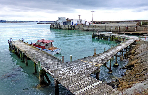 lumixfz200 oamaru otago boatharbour pier jetty wharf publicdomaindedicationcc0 freephotos