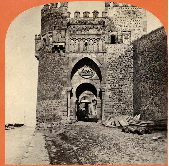 Puerta del Sol en 1863. Fotografía de Ernest Lamy. Colección Luis Alba
