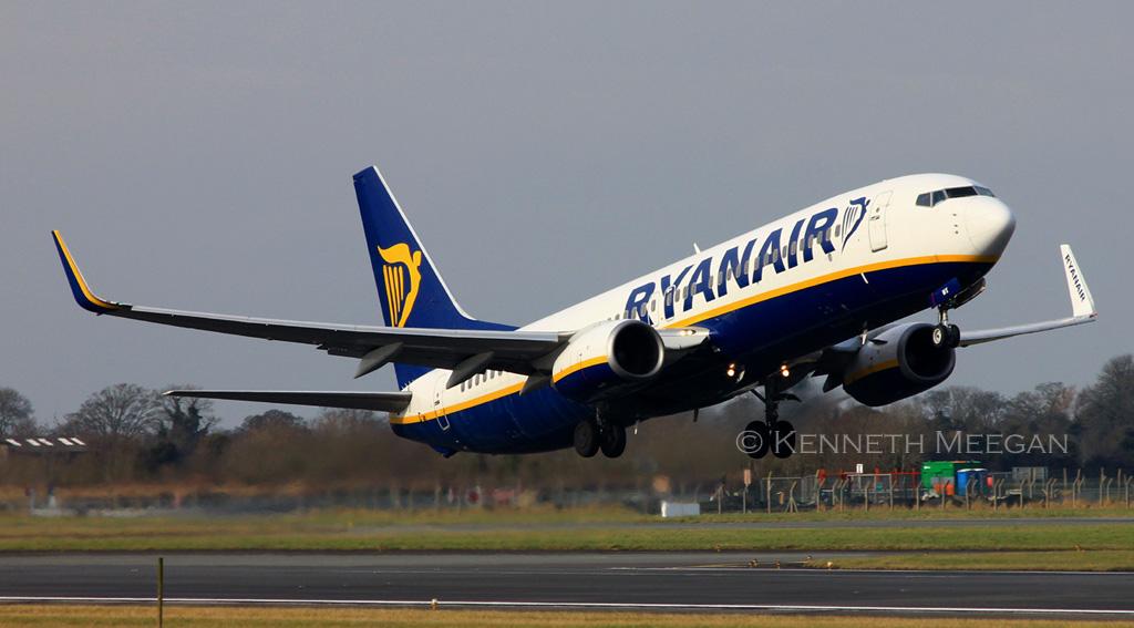 EI-DWX - B738 - Ryanair