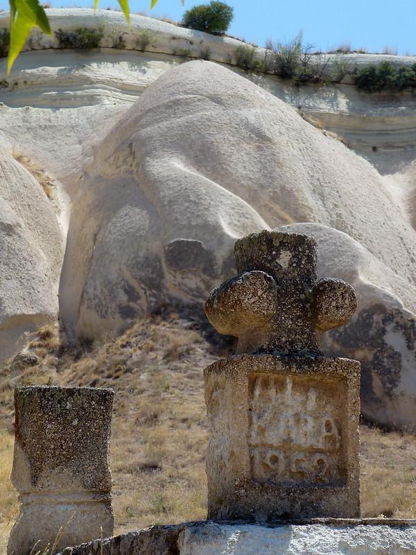 Turquie - jour 21 - Vallées de Cappadoce  - 018 - Çavuşin, le cimetière