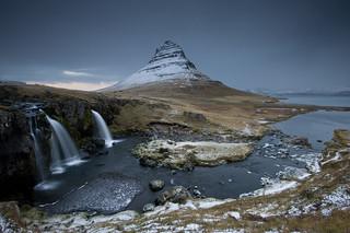 Blick auf den Berg Kirkjufell, Snæfellsnes | Roland Krinner