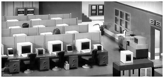 Lunchbreak at an office during the 70s