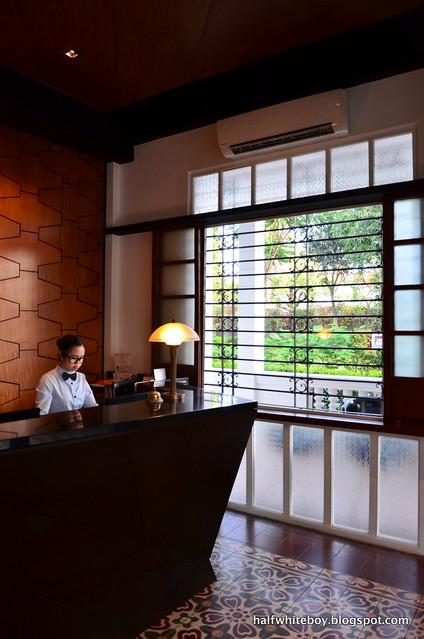 the henry hotel manila 11