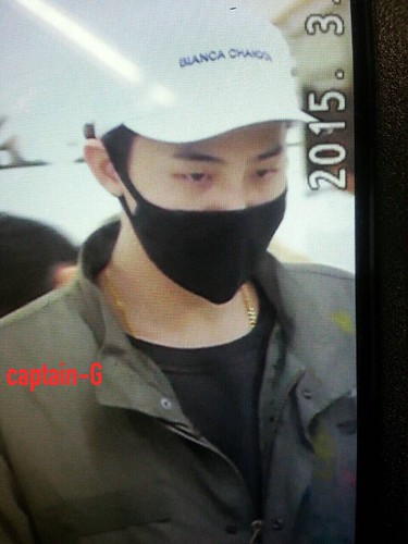 G-Dragon - Gimpo Airport - 02mar2015 - Captain G - 02