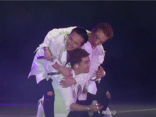 BIGBANG Osaka 10th Anniversary concert 2016-07-30 Day 2 (127)