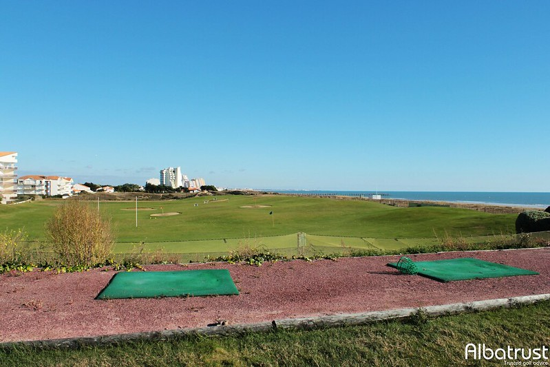 photo du golf Golf De Saint Jean De Monts - Practice - Putting green