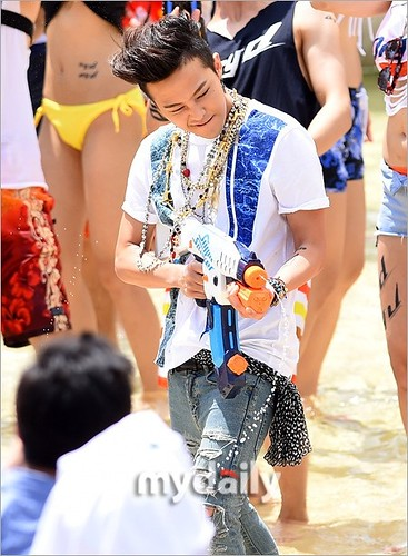 GDragon_Waterworld_DryD_Commercial-Shoot-20140704 (4)