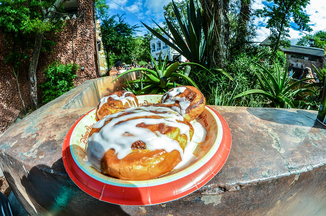 Mickey cinnamon roll AK